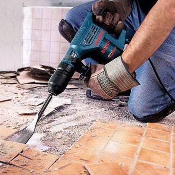 демонтаж напольной плитки инструменты для ремонта Бей Копай Строй